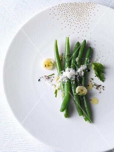 Bush beans with garlic and fresh Parmesan