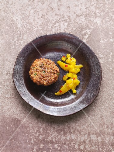 Emmer wheat burger with mango chutney