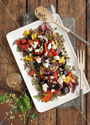 Lentil salad with peppers and feta cheese