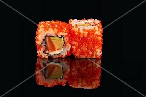 California maki with caviar