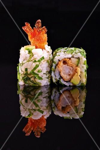 Two California maki with crispy prawns