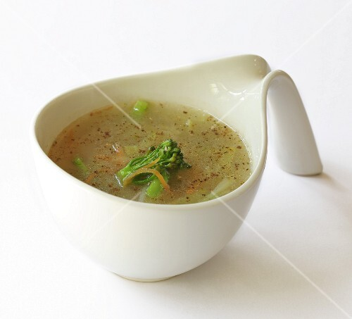 Vegetable soup with broccoli