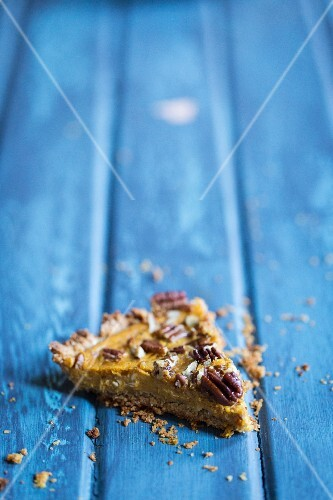 Pumpkin and pecan nut tart