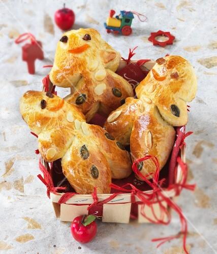 Bread men in a wooden basket