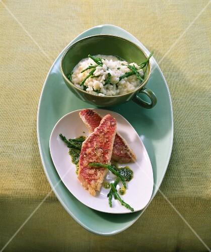 Red mullet fillets with seaweed and risotto
