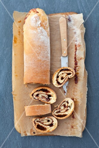 Yeast roulade with jam, sliced