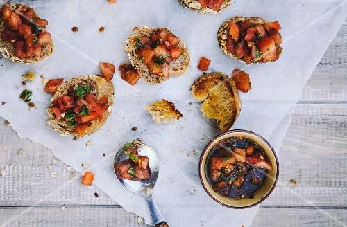Bruschetta with tomatoes, basil and garlic
