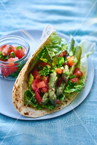Tacos with asparagus and tomato salsa