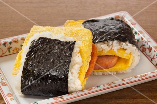 Rice dumplings with nori, egg royale and pork (Japan)