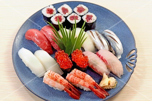 A sushi platter with nigiri and maki (Japan)