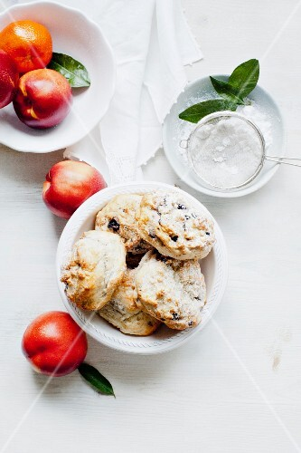 Blueberry scones, sugar and fresh fruit