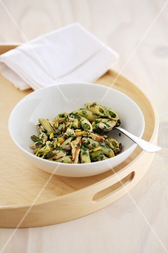 Penne past with chicken and herbs