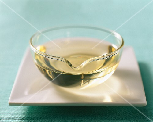 Sunflower oil in a glass bowl