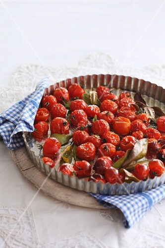 Oven-baked cherry tomatoes