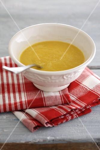 Saffron soup