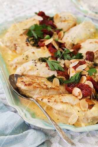 Chicken breast with mascarpone, mustard and roasted almonds