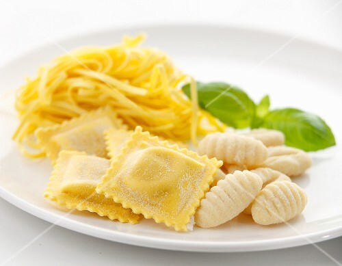 Fresh ravioli, linguine and gnocchi with basil