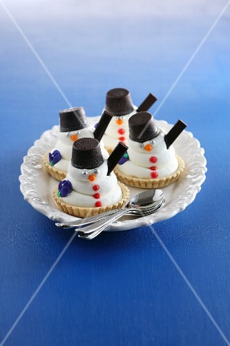 Snowmen tartlets