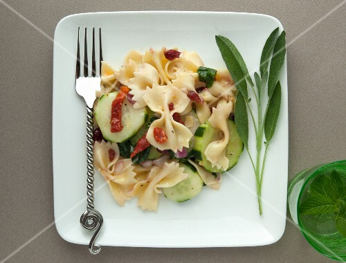 Pasta salad with cranberries and dried tomatoes