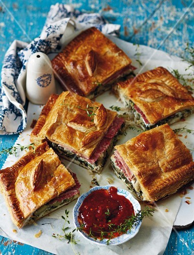 Spicy Genovese-style Easter tart with ham, ricotta and spinach