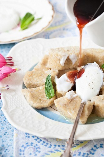 Lenivie Vareniki (vanilla and ricotta dumplings with wholemeal flour, Russia)