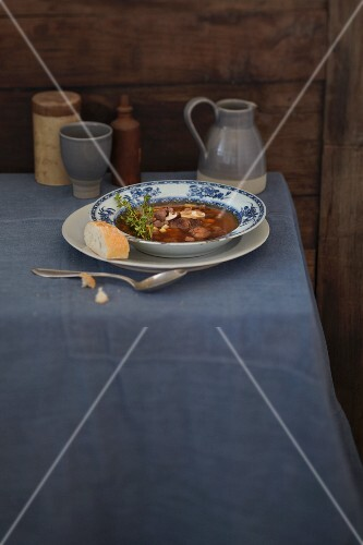 Game soup with chestnuts