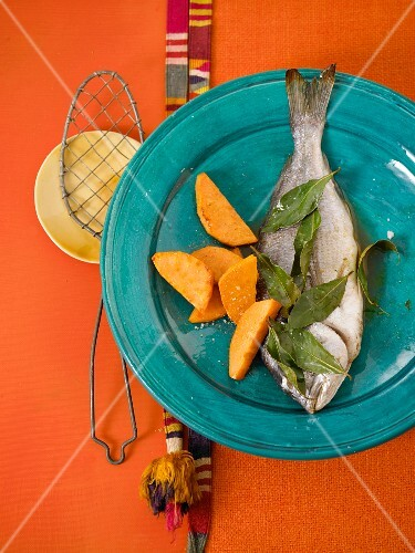 Marinated sea bream with sweet potatoes (Mexico)