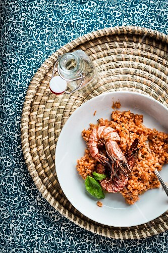 Risotto with king prawns (seen from above)