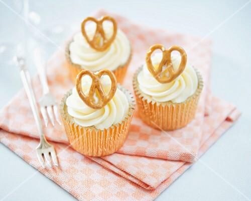 Butterscotch and salted pretzel cupcakes