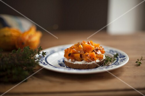 Bruschetta with caramelised pumpkin, soft cheese and thyme