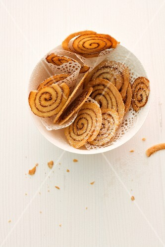 Wafer-thin spiced pinwheel biscuits