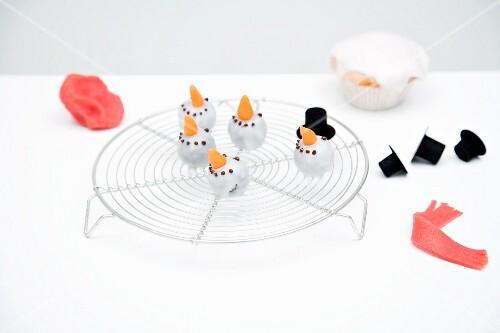 Snowman muffins