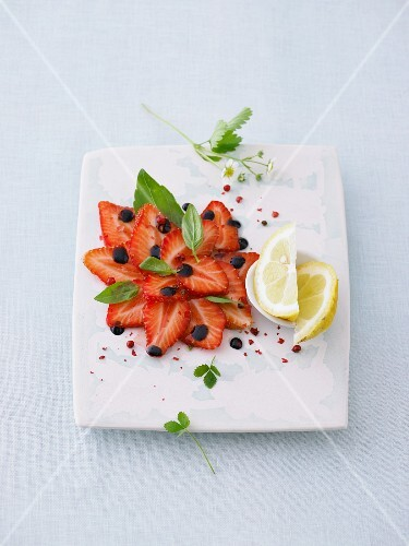 Strawberry carpaccio with pepper