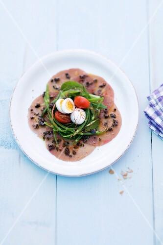 Nice-style tuna fish carpaccio salad