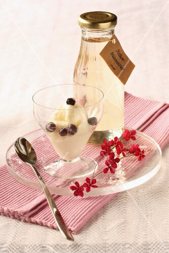 Carnation flower syrup and carnation ice cream