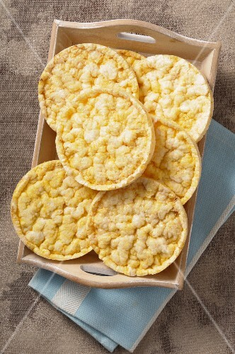 Corn crackers on a wooden tray