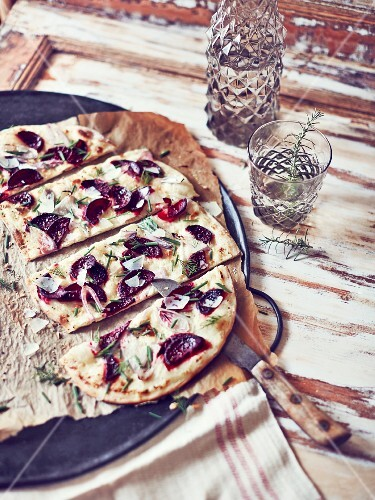 Beetroot tarte flambée, sliced