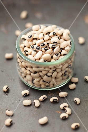 A jar of black eyed peas