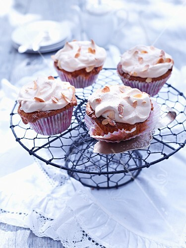 Rhubarb cupcakes with meringue and flaked almonds