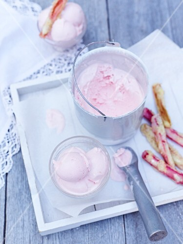 Sour cream ice cream with baked rhubarb stems