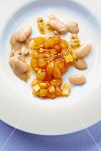 Fruity bean salad