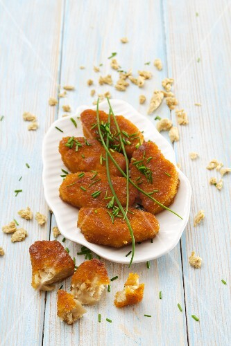 Soya nuggets with chives