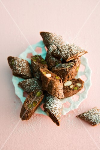 Chocolate cantuccini