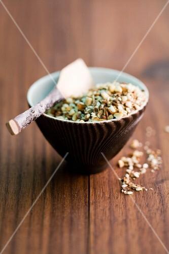 Spicy peanuts with fleur de sel