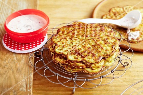Kohlrabi waffles with radish sour cream