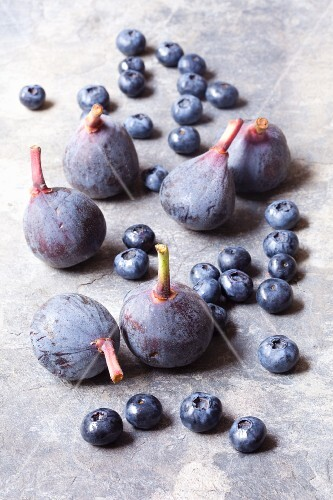 Fresh blueberries and figs