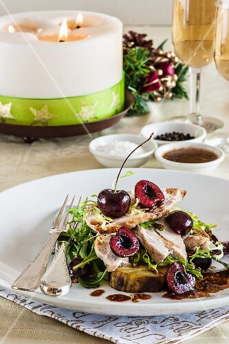 Chicken salad with chickpeas for Christmas