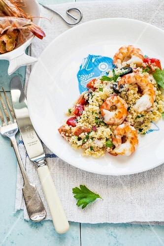 Couscous with prawns