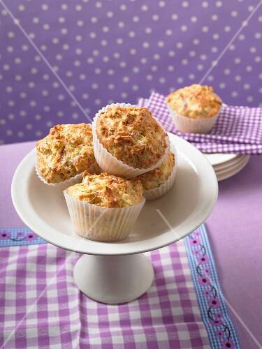 Savoury ham and cheese muffins