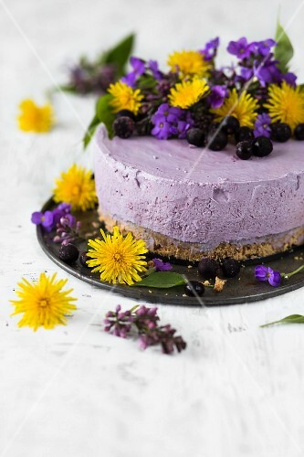 Blueberry cheesecake with dandelion flowers